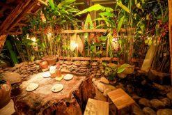 Quán ăn mang phong cách cổ trang ở Hà Nội